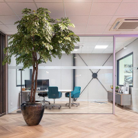 kunstboom op maat directiekantoor vergaderruimte